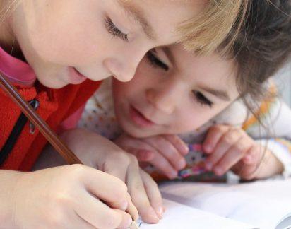 Regresso às aulas: Dicas para motivar o seu filho na escola