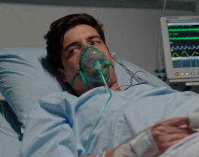 Amor Amor: Leandro sente-se mal depois de fazer uma cena de ciúme